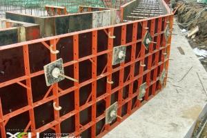 Мелкощитовая опалубка стен и фундамента