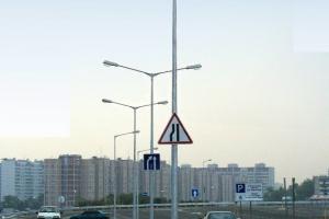 Опоры освещения автодорог